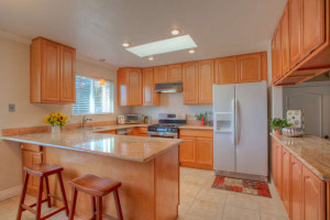 4432 Crestwood Avenue Concord-small-004-Kitchen-666x444-72dpi