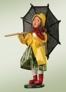 byers-choice-spring-girl-with-umbrella-2014