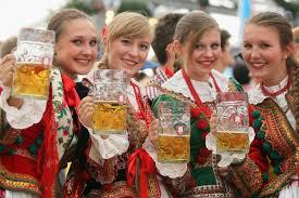 women_beer