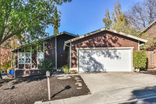 Open House this weekend: 3650 Sun View Ct. (Concord)
